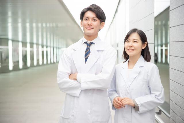 【埼玉県】月給30万可!大学の保健室(医務室)